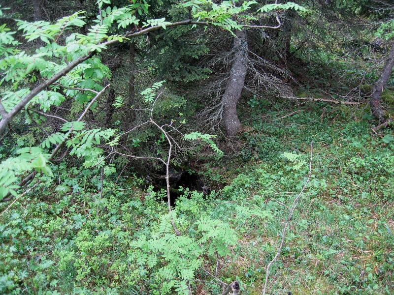 la petite baume des montsdebi232redevant sur la commune