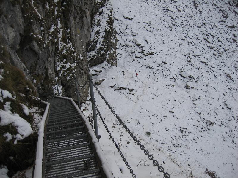 Grotte De Naye Randonnee Et Visite Depuis Le Col De Jaman En Dessus De Montreux Ou Depuis Les Gares Du Mob